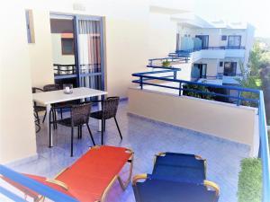 Balito, Aparthotely  Kato Galatas - big - 19
