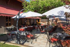 Hôtel Restaurant La Charrue