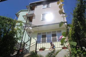 Marinka Guest House, Penzióny  Adler - big - 1