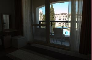 Luxury Apartment in Carpe Vita complex, Apartments  St. St. Constantine and Helena - big - 11