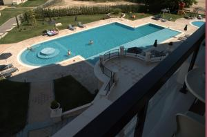 Luxury Apartment in Carpe Vita complex, Apartments  St. St. Constantine and Helena - big - 12
