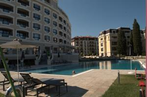 Luxury Apartment in Carpe Vita complex, Apartments  St. St. Constantine and Helena - big - 14