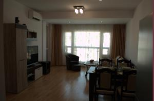 Luxury Apartment in Carpe Vita complex, Apartments  St. St. Constantine and Helena - big - 19