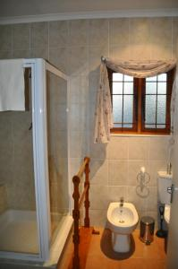 Clan Court Guesthouse, Bed & Breakfasts  Clanwilliam - big - 3