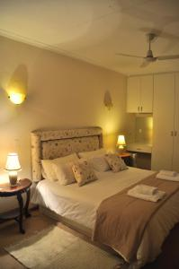 Clan Court Guesthouse, Bed & Breakfasts  Clanwilliam - big - 4