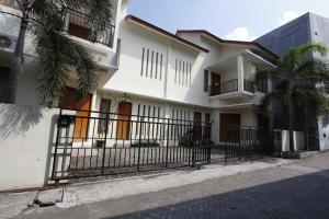 RedDoorz @ Kolonel Sugiono, Penzióny  Yogyakarta - big - 8