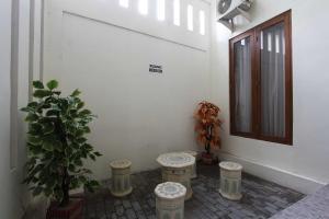 RedDoorz @ Kolonel Sugiono, Penzióny  Yogyakarta - big - 15