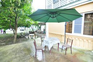 Guest House Mandarin, Affittacamere  Alakhadzi - big - 1