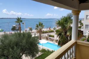 Sea View Apartments Nina