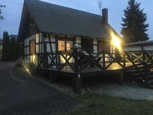 Dom nad jeziorem idealny na rodzinny wypoczynek