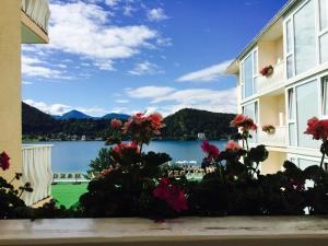 Promenaden-Strandhotel Marolt, Hotely  Sankt Kanzian - big - 13