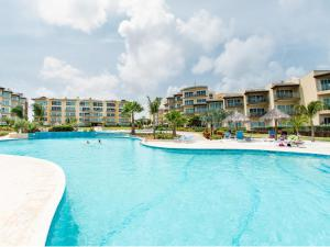 Royal Aquamarine Three-bedroom condo - BC252, Ferienwohnungen  Palm-Eagle Beach - big - 28
