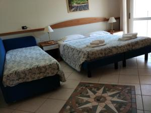 Hotel Verona, Отели  Чезенатико - big - 16