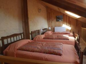 La Chuchotiere, Bed and breakfasts  Sainte-Maure-de-Touraine - big - 3