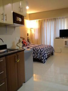 Rolando's Condo Unit at Newport City Pasay