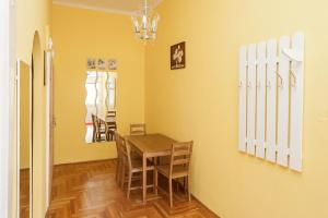 Tranquil flat next to the Budapest Central Park, Apartmanok  Budapest - big - 7