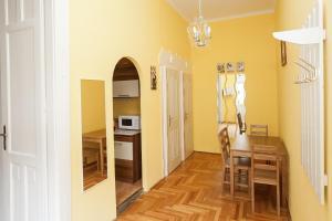 Tranquil flat next to the Budapest Central Park, Apartmanok  Budapest - big - 12