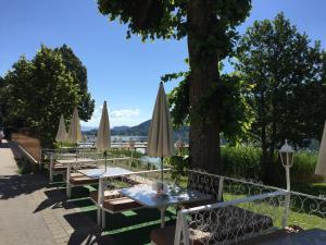 Promenaden-Strandhotel Marolt, Hotely  Sankt Kanzian - big - 54