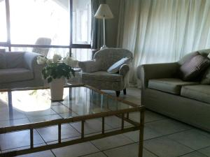 Malibongwe by the Sea, Holiday homes  Margate - big - 7