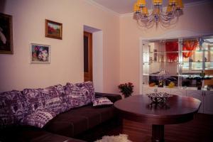 Apartments on Cherkasskaya