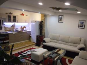 Apartment Mecha - фото 21