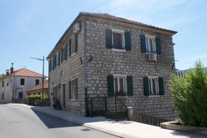 Apartments Cerovic