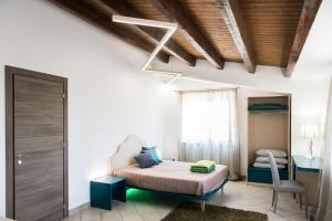 Regia Corte Home, Bed and breakfasts  Partinico - big - 4