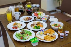 Hotel Kuretakeso Tho Nhuom 84, Hotels  Hanoi - big - 147