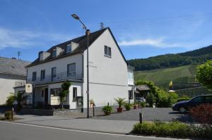 Wein & Gästehaus Ballmann