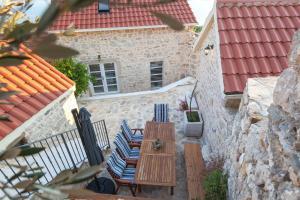 Villa Ena, Holiday homes  Podgora - big - 22