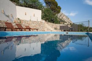Villa Ena, Holiday homes  Podgora - big - 23