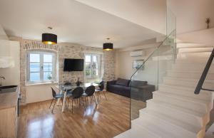 Villa Ena, Holiday homes  Podgora - big - 2