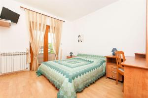 Apartments and Room Danijel, Pensionen  Sveti Filip i Jakov - big - 3