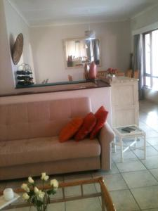 Malibongwe by the Sea, Holiday homes  Margate - big - 22