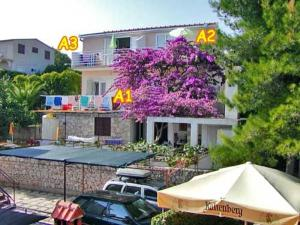 Apartments Nedeljka, Apartments  Trogir - big - 62