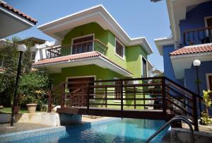 Holiday Pool Side Villa