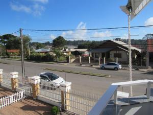 SerraPrime Casa 3 Suítes ao lado Catedral de Pedras, Nyaralók  Canela - big - 12