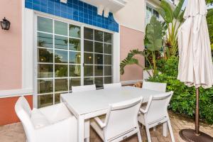 Santa Barbara Villas #1B Townhouse, Дома для отпуска  Помпано-Бич - big - 16