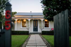 Original Cambridge Villa, Holiday homes  Cambridge - big - 1