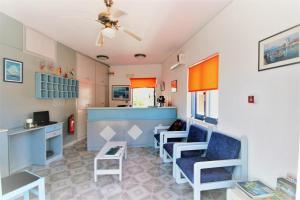 Balito, Aparthotely  Kato Galatas - big - 58