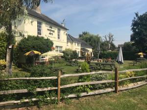 Mortimer Arms Inn