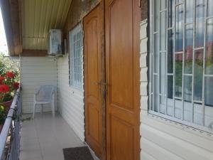 Vacation Home U Morya, Case vacanze  Alakhadzi - big - 6