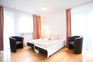 Hotelpension zum Gockl, Penzióny  Allershausen - big - 8