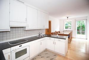 Hotelpension zum Gockl, Penzióny  Allershausen - big - 7