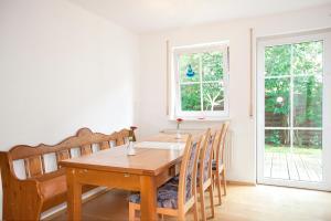 Hotelpension zum Gockl, Penzióny  Allershausen - big - 4
