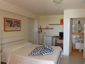 Bed and Breakslow Gullo, Penzióny  Ricadi - big - 67