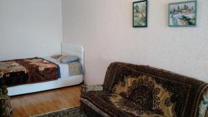 Просторный дом недалеко от центра города, Dovolenkové domy  Tbilisi City - big - 9