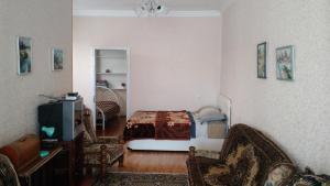 Просторный дом недалеко от центра города, Dovolenkové domy  Tbilisi City - big - 16