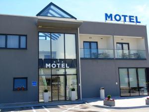 Motel Kamenica - фото 23