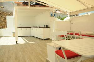 Quarante Teras - Adult Only, Homestays  Bozcaada - big - 4